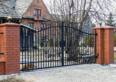 brama-wjazdowa-klasyczna-pol-bram-2