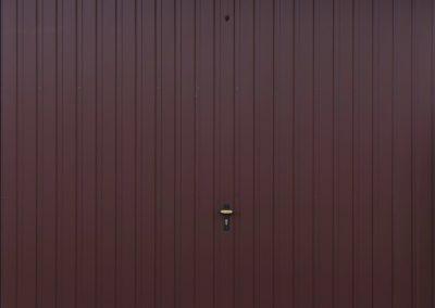 brama-garazowa-uchylna-matowy-braz-1