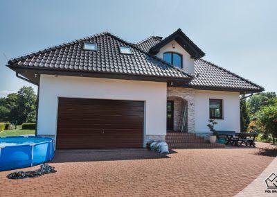 pol-bram-brama-garazowa-ral8017-panel-poziomy-szeroki-1