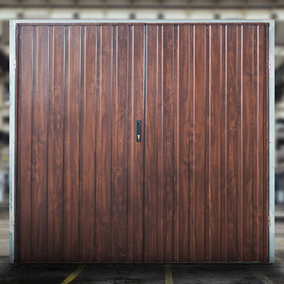 bramy garażowe uchylne orzech