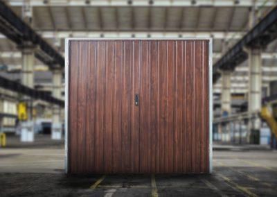 brama-garazowa-orzech-panel-pionowy