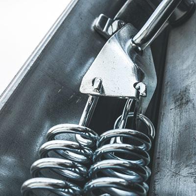 Brama garażowa uchylna - System 6. sprężyn