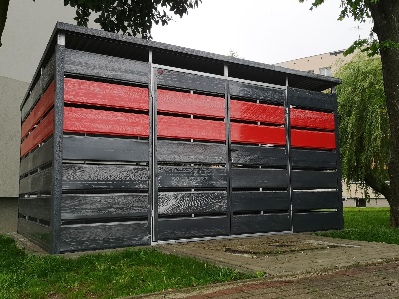 Wiata śmietnikowa trashbox  5x2,5 Czerwień + Grafit