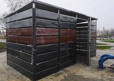 Wiata śmietnikowa orzech matowa czerń 5x2,5m